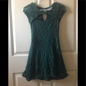 Almost Famous Green Dress Womens Size S